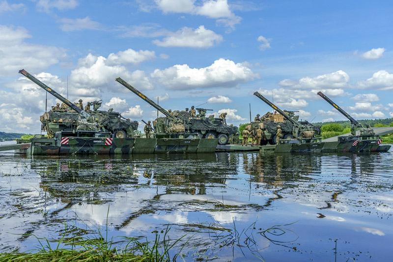 Важным элементом в рамках этих операций является оптимизация переброски войск.