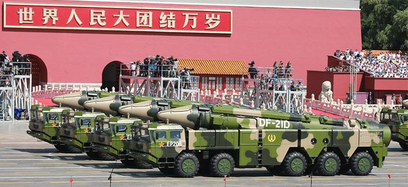 Китайские противокорабельные ракеты DF-21D.