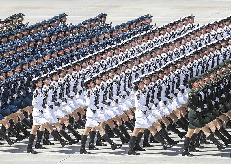 Военный парад по случаю 70-летия Китайской Народной Республики.