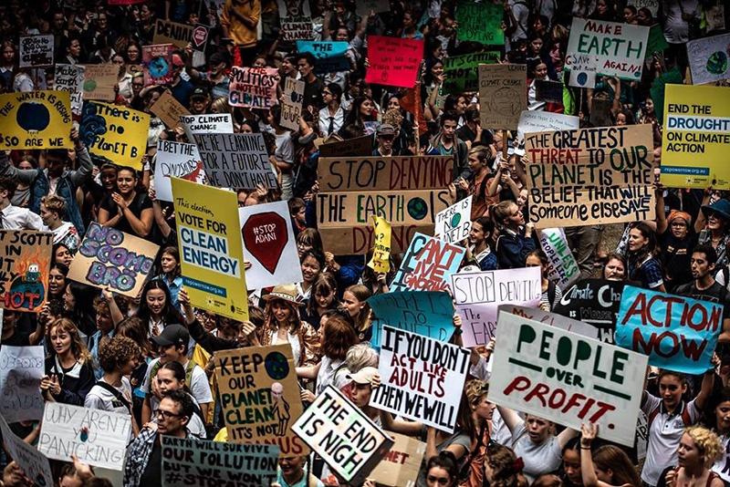 «Казус Греты Тунберг» - общемировой политический феномен, призванный с помощью радикал-экологизма сформировать систему «глобальной экологической дани» для утративших динамизм стареющих западных элит.