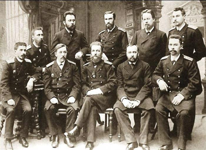 Преподаватели Минного офицерского класса в Кронштадте.