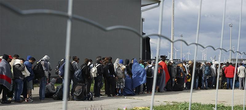 Эрдоган пригрозил Европе открыть границы для миллионов сирийских беженцев.