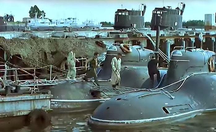 «Пиранья» пробралась в фильм «Особенности национальной рыбалки».