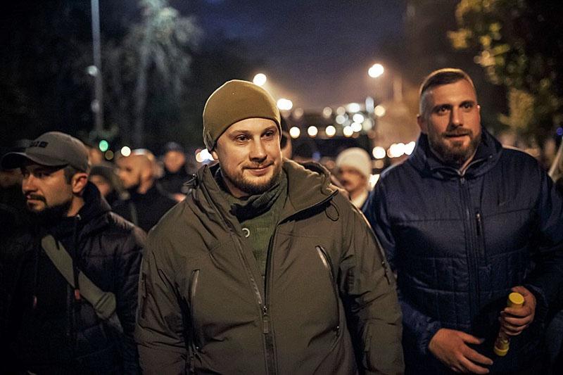 Без приказа Билецкого его люди из Золотого не уйдут.