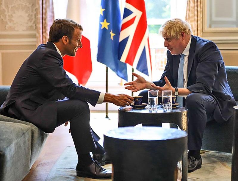 Французский президент решительно заблокировал возможное решение ЕС дать послабление Туманному Альбиону.