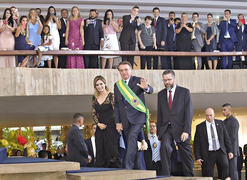 По-американски предвыборные обещания Болсонару не улучшили жизнь простых бразильцев.