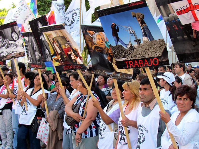 Аргентинцы протестуют против ухудшения жизни в стране при президенте Макри.