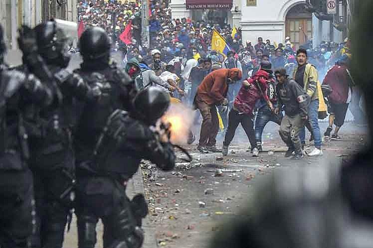 Голод вывел аргентинцев на улицу.