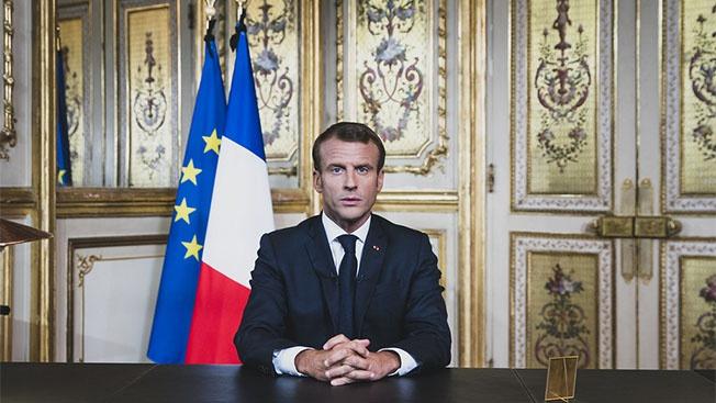 Что Эмманюэлю Макрону мешает стать главой всея Европы?
