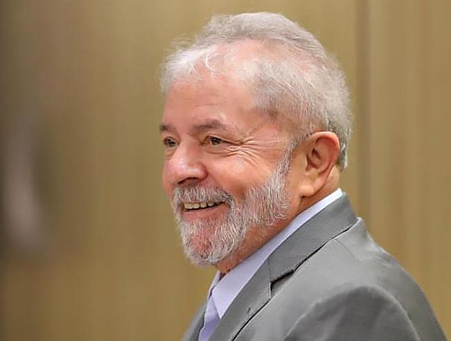 Самый харизматичный за всю историю Бразилии левый политик Лула да Силва.
