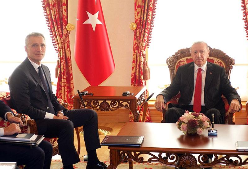 Переговоры генерального секретаря НАТО Йенса Столтенберга с президентом Турции Эрдоганом о судьбе страны в НАТО.