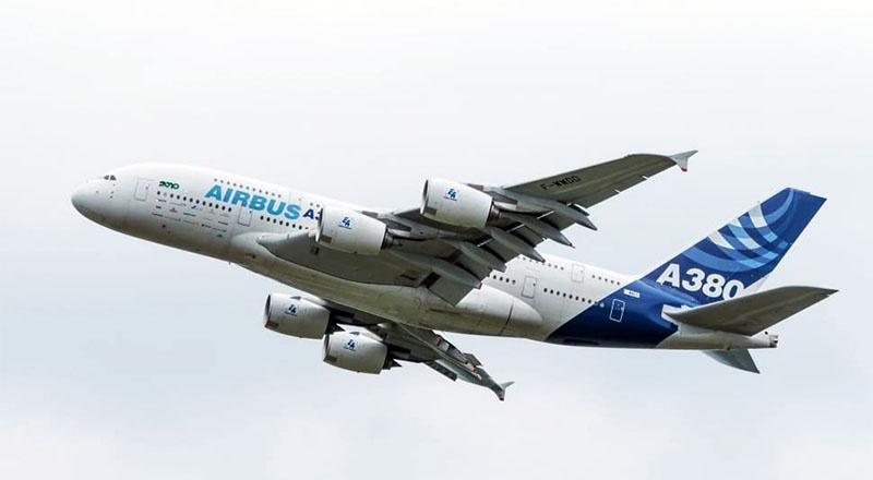 На борту Airbus A380 можно разместить от 750 до 1.000 человек.