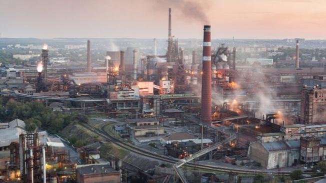 По итогам 2013 года, вклад двух областей Донбасса в ВВП Украины составил почти 30%.