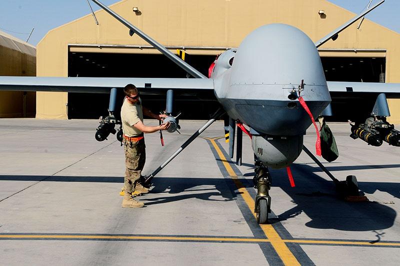 На крыльях MQ-9 Reaper расположены сразу 6 точек для несения почти 700 кг вооружения.