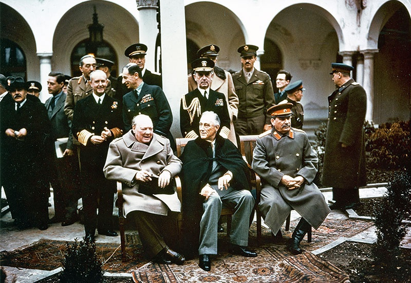 Решение о разделе территории «Большого Берлина» между СССР, США и Соединённым Королевством было принято ещё на Ялтинской конференции.