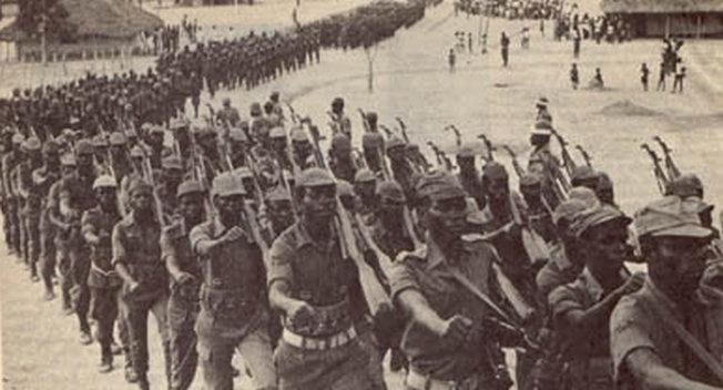 Колонна ФНЛА под Кифангондо выдвигается к Луанде, 9 ноября 1975 г.