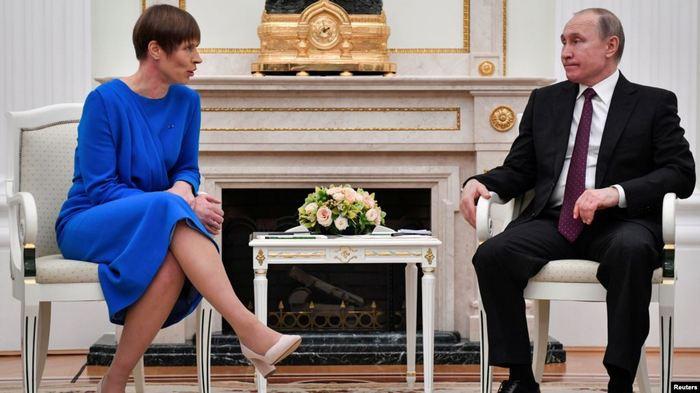 Президент Эстонии Керсти Кальюлад пригласила главу России Владимира Путина следующим летом на съезд финно-угорских народов.