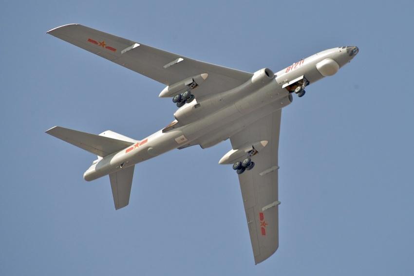 Ту-16 всё ещё в строю НОАК.
