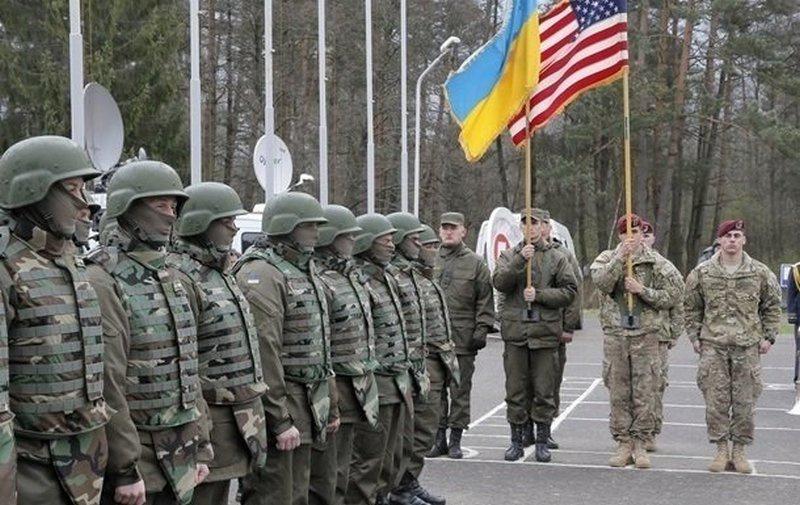Солдаты Украины и США на Яворовском полигоне.