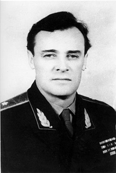 «Король нелегалов» Александр Михайлович Коротков, чьи дела и подвиги разведчика останутся за семью замками ещё многие и многие годы.