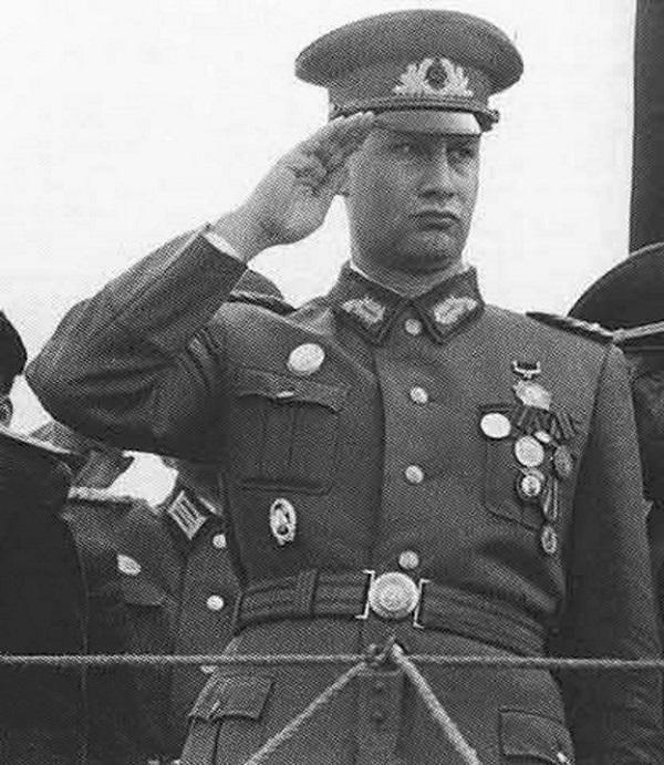 Глава внешней разведки ГДР Маркус Вольф после назначения на должность.