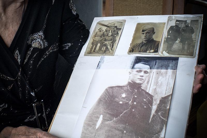 Командир роты пулемётчиков 188-й Нижнеднепровской Краснознамённой стрелковой дивизии, старший лейтенант Брехунец Владимир Емельянович.