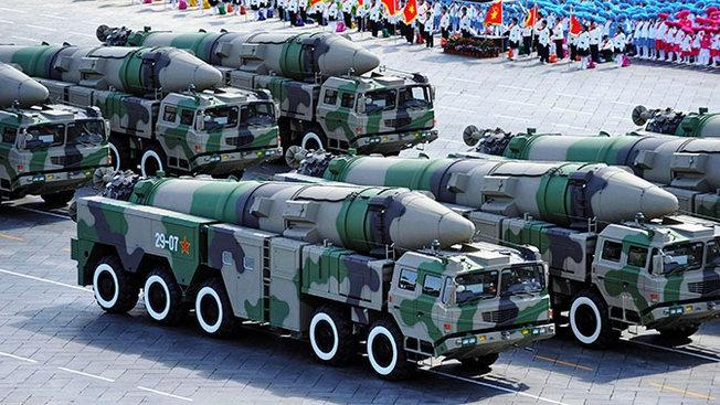 Китайские ракеты средней дальности: кому страшно, а кому не очень?