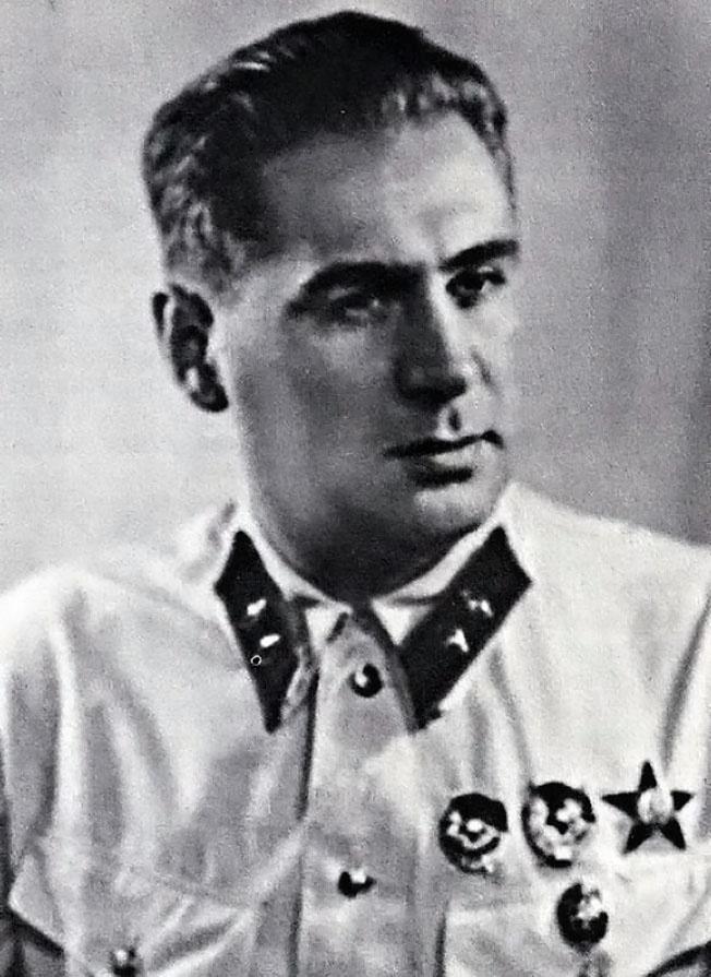 Генерал П.А.Судоплатов, начальник 5 отдела Главного управления государственной безопасности НКВД СССР.