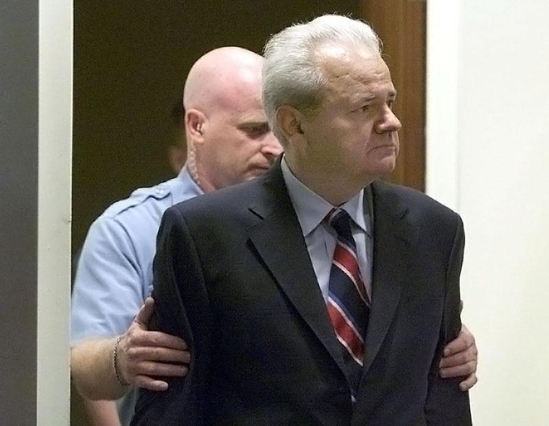 Смерть президента Югославии Слободана Милошевича в гаагской тюрьме на совести Клинтона.
