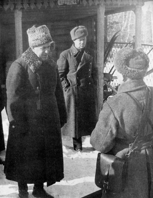 Ставка Верховного командования отдала приказ Жукову прибыть в район Ржевского выступа.