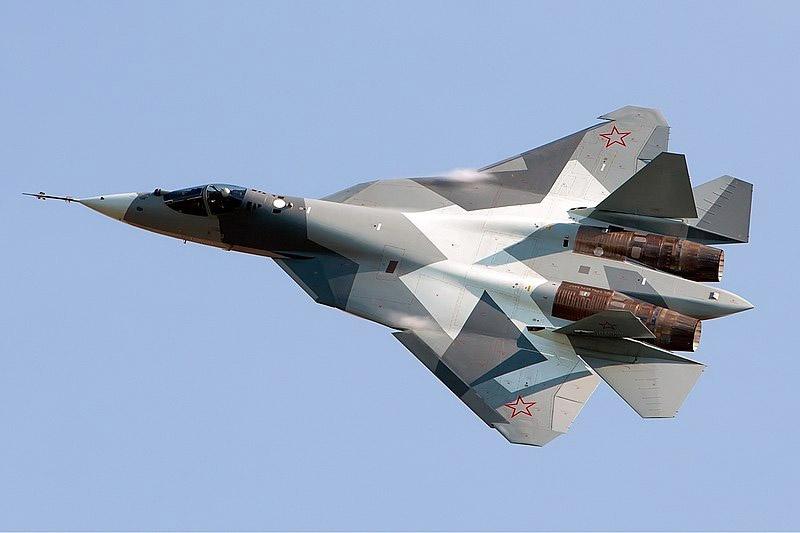 Новейший истребитель пятого поколения Су-57.