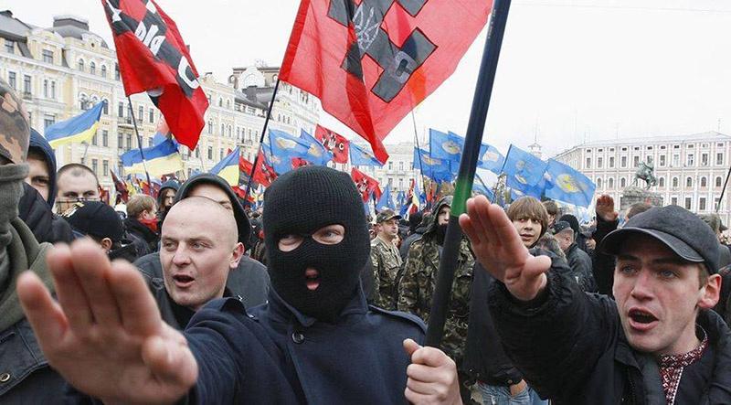 Нацистскую сущность украинских группировок отмечают в Венгрии, Польше, Израиле и даже в Германии, но реальных шагов по денацификации Украины не делает никто.