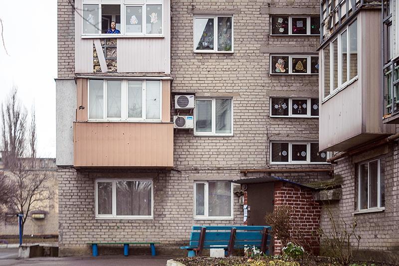 В многоквартирном доме пустует 3/4 квартир.