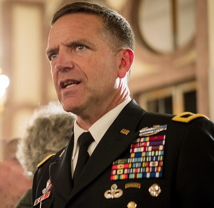 Заместитель командующего вооружёнными силами США в Европе генерал Эндрю Ролинг.