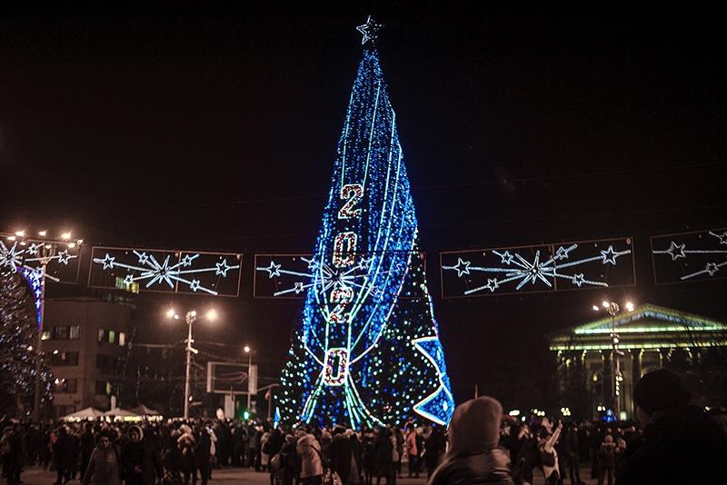 Главная елка Донецкой Народной Республики.