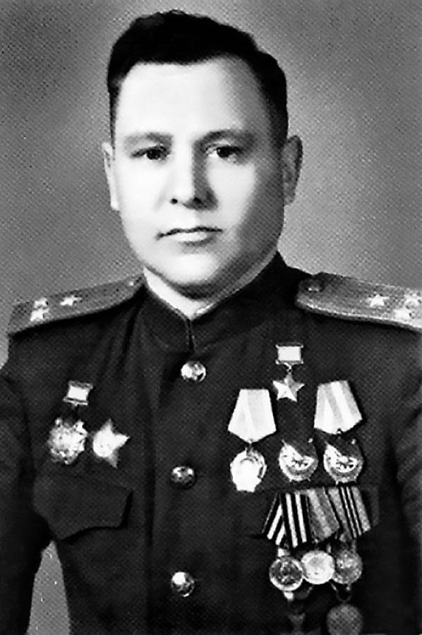 Герой Советского Союза - Алексей Кортунов.
