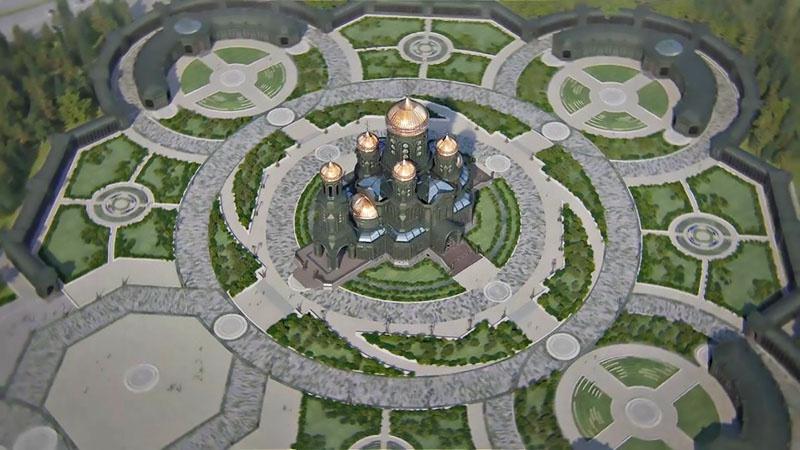 У основания «Дороги памяти» насыпана земля, взятая во всех странах с воинских захоронений советских бойцов, павших на полях Второй мировой.