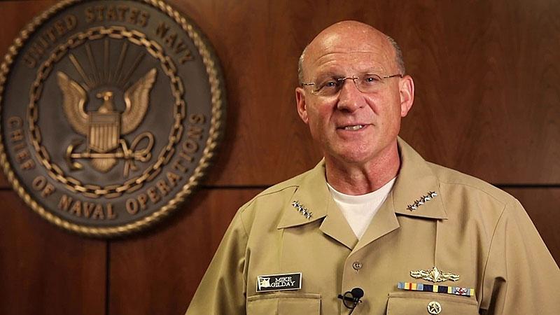 Руководитель военно-морских операций ВМС США адмирал Майкл Гилдэй готов защищаться.