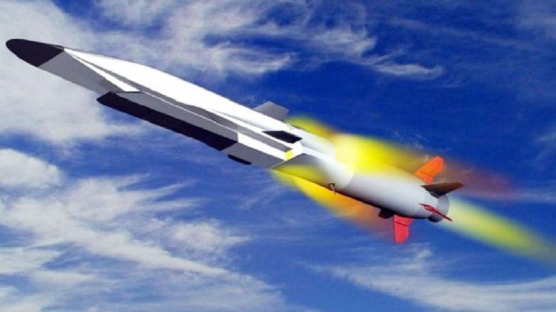 Гиперзвуковая противокорабельная крылатая ракета (ГПКР) «Циркон».