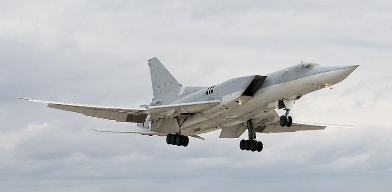 Модернизированный сверхзвуковой дальний бомбардировщик Ту22М3М.