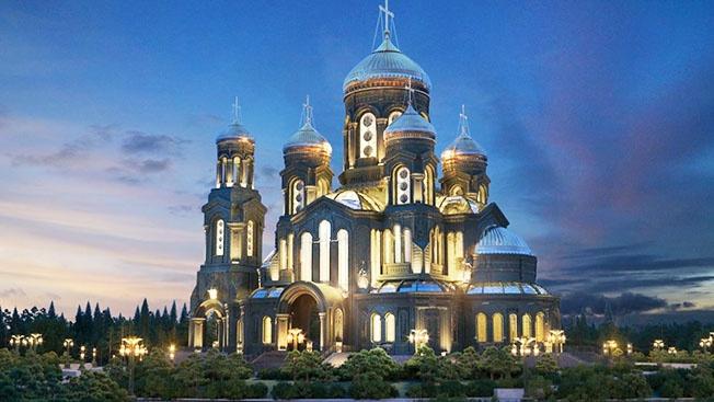 Каждый придел Храма посвящён одному из великих святых - покровителей родов войск и видов нашей армии.