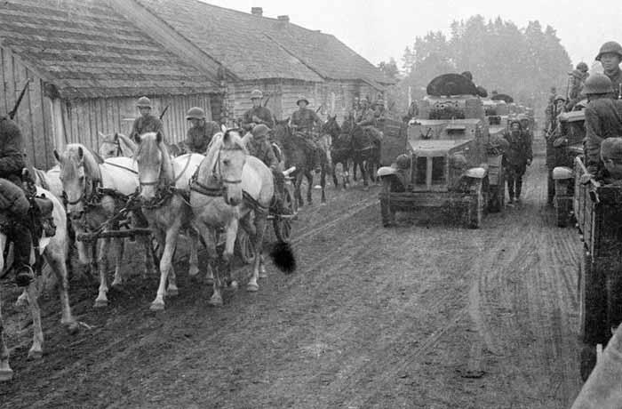17 сентября 1939 года Красная Армия вошла на территорию Польши.