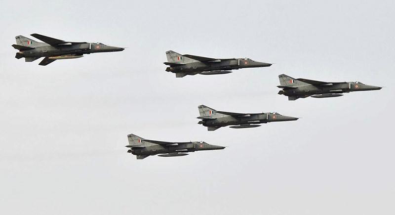 МиГ-27 индийских ВВС на учениях Iron Fist 2013.