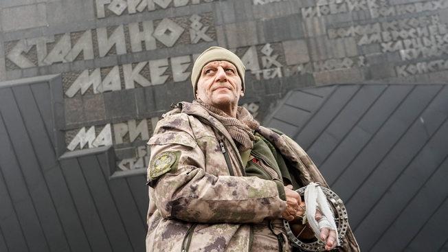 Французский снайпер защищает Донбасс. Встреча в окопах
