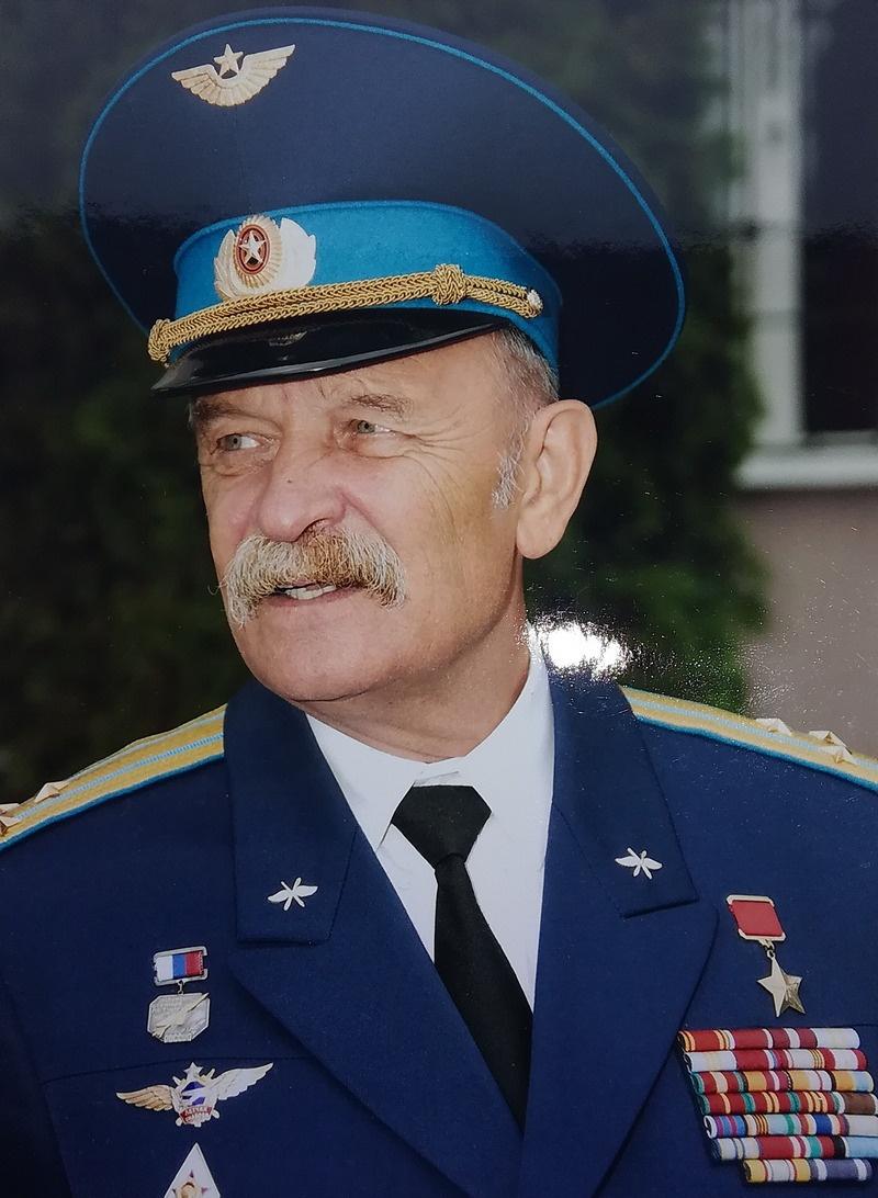 Герой Советского Союза Александр Райлян.
