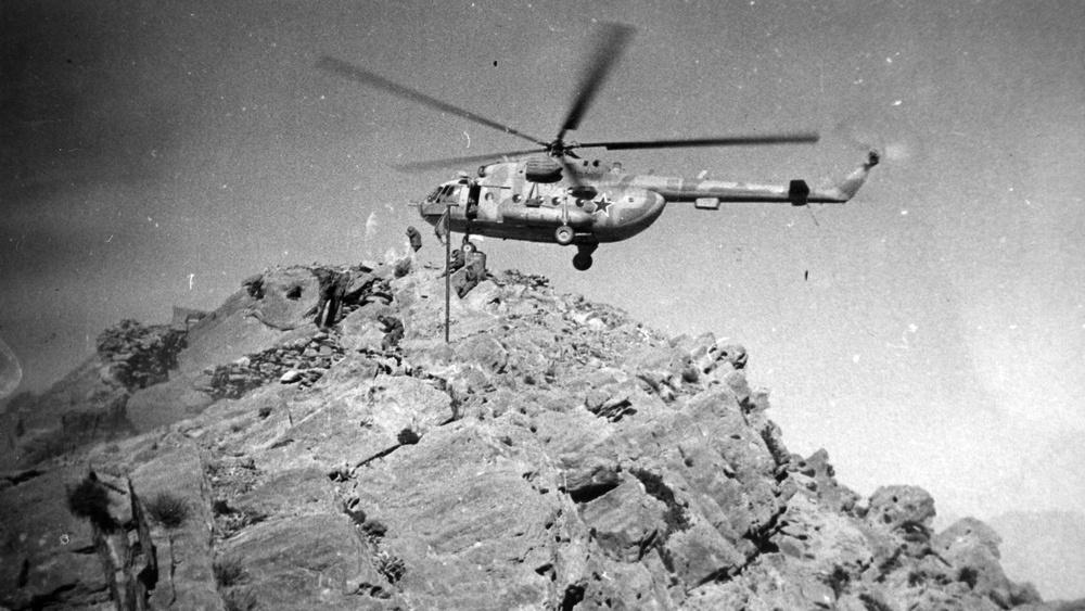В горах Афгана случалось всякое.