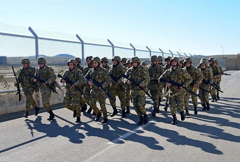 Азербайджан постоянно расширял и численный состав, и техническую оснащённость своей армии.