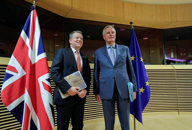 Великобританию на переговорах представлял советник Бориса Джонсона по европейским вопросам Дэвид Фрост. Европу - Мишель Барнье.