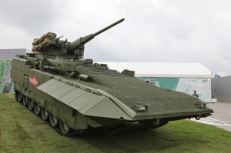 Боевая машина пехоты Т-15 на платформе «Армата».