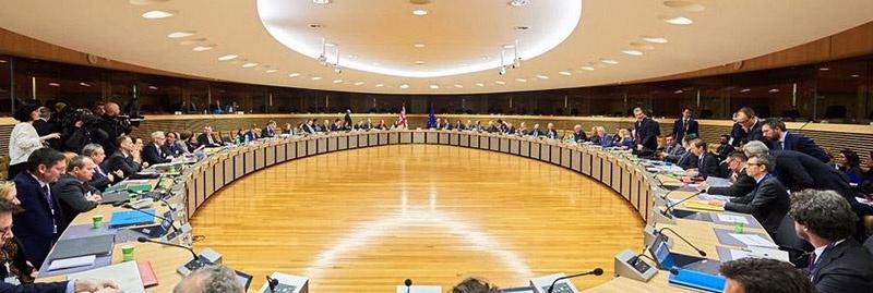 Первый раунд переговоров показал, что до компромисса по ряду ключевых вопросов торговой сделки ещё очень далеко.